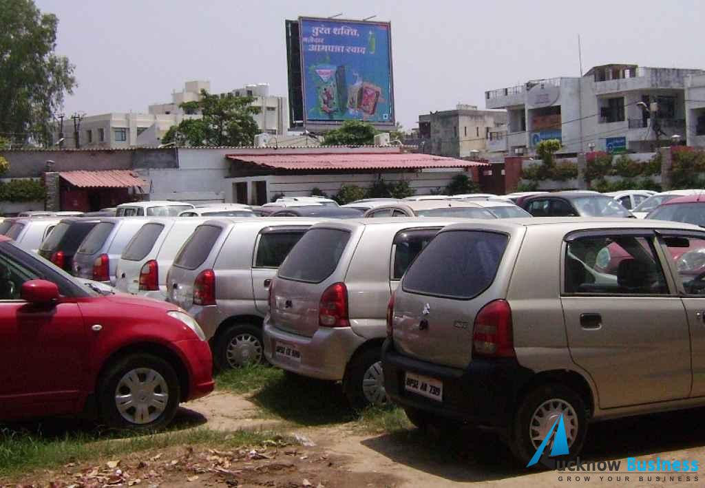 Best-Deal-4-Wheels-A-Hub-Of-Used-Cars - Lucknow Business